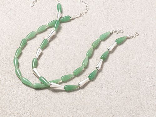 Egyptian Teardrop Bead Necklace