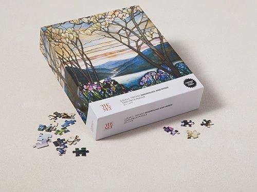 Louis C. Tiffany: Magnolias and Irises Puzzle